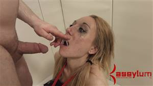 thick white girl gets bbc